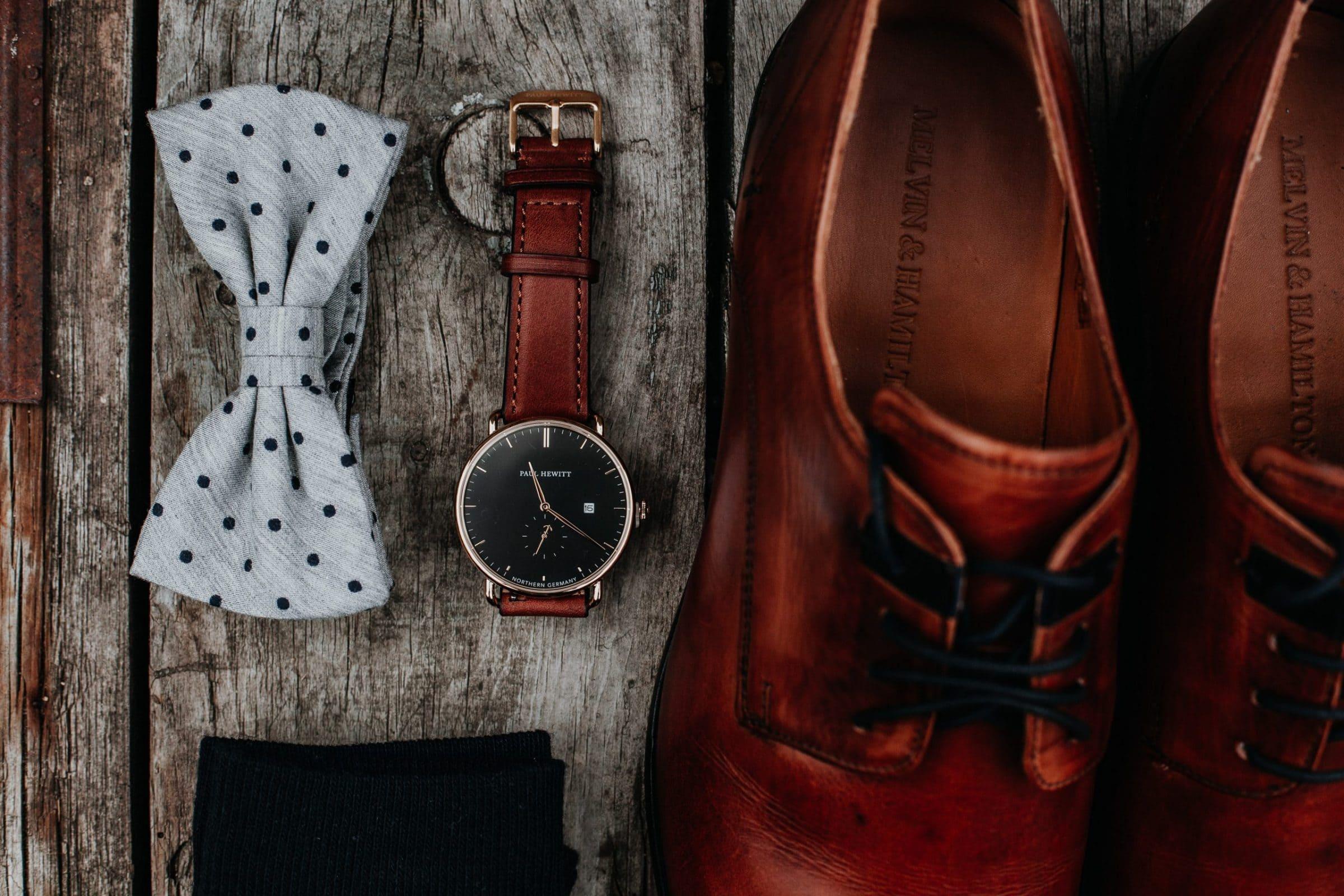 groom, accessoires groom, shoes, watch, bow tie, fliege, schuhe, uhr, socken, socks
