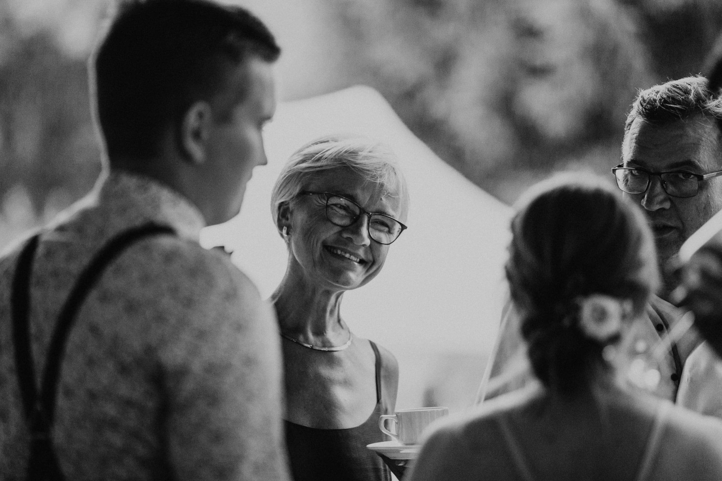 wedding guests, hochzeitsgäste, laughter, laughing, hochzeit berlin, mühle tornow