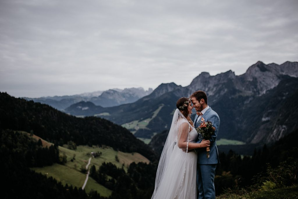 alps, austrian alps, alpen, österreich, berge, mountains, after wedding, after wedding shooting, wedding photographer austria, austrian wedding photographer, elopement, austria elopement, seeweiss