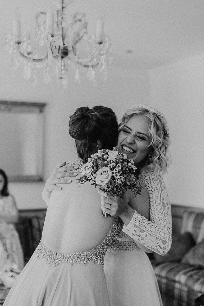 bridesmaid, bride, brautjungfer, trauzeugin, braut, getting ready